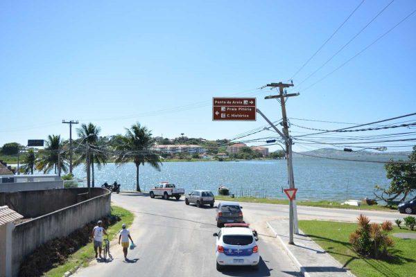 Prefeitura faz operação educativa na orla de São Pedro da Aldeia