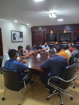Reunião com os representantes do Legislativo aldeense abriu a agenda da semana - Foto Ascom/PMSPA